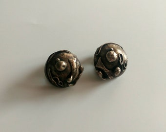 Vintage silver brutalist clip earrings