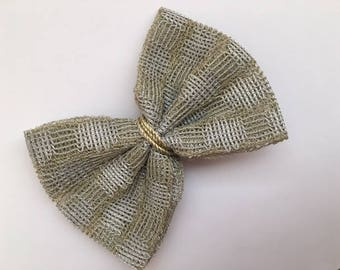 Gold silver bow/mettalic bow/gold ribbon/gifts for her/toddler bow/newborn/infants/hair accesories