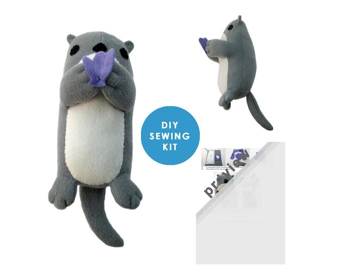 Plush Otter Toy Kit