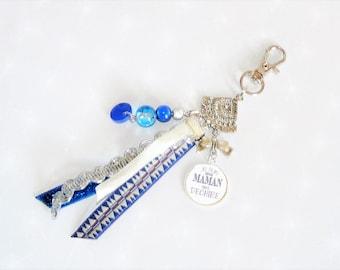 Keychain/bag charm blue ribbons/light blue pearls MOM that rocks