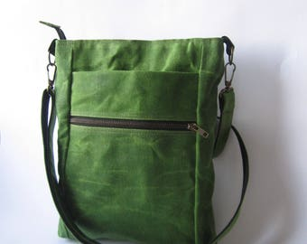 Waxed Canvas Bag, Outdoors Gift, Mens Crossbody Bag, Waxed Canvas Travel Bag, Mens Canvas Bag, Green Canvas Bag, Unisex Handbag, Travel Bag,