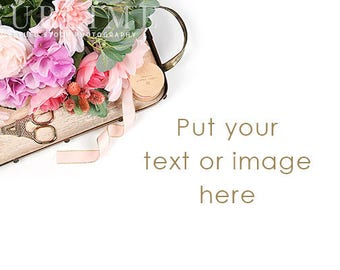 Styled Stock Photography / Spring / Styled Desk / Digital Image / Flowers / Floral Styled / Photo Background / Stock Photo / StockStyle-912