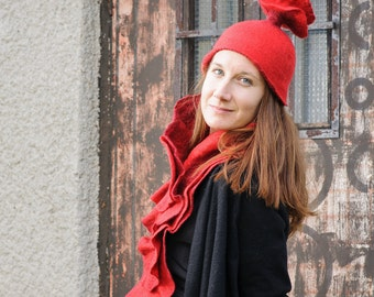 Woolen Scarf and Hat Set, Felted Scarf and Hat, Woolen Felted Hat, Red Merino Wool Scarf, Felted Accessory, Red Scarf