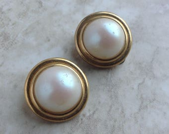 Vintage Nina Ricci Faux Pearl Button Clip On Earrings