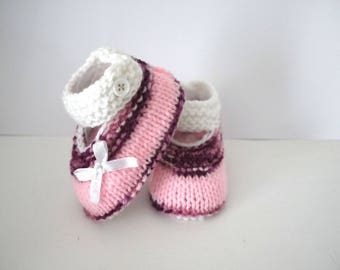 Babies booties baby shoes 0/3 month white plum shoes pink newborn bows