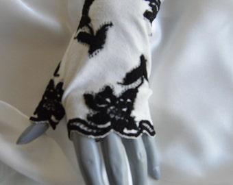 Fingerless lace short ivory, black, short Lace Gloves Bridal, gloves ivory wedding gloves, short gloves, fingerless gloves short, cuff