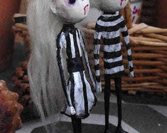 "OOAK gothic dolls ""Le Fanu twins"". Paper mache and paper clay art dolls. Gothic vampire dolls decoration"