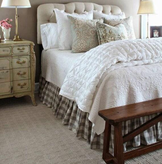 buffle v rifier la jupe de lit jupes de lit country jupe de. Black Bedroom Furniture Sets. Home Design Ideas