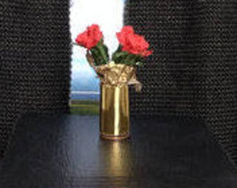 dollhouse red flowers