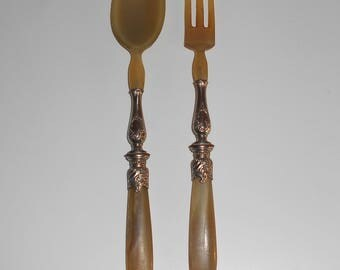 Old  Vintage Pair of Salad Cutlery, Spoon and Fork in Horn and Silver Metal