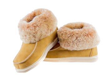 Sheepskin slippers, 100% leather fur handmade, high quality boots! Keep Your Feet Warm!