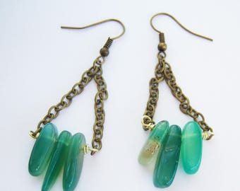 Earrings bronze and green agate sticks