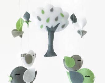 Baby mobile . Nursery decoration. Baby crib mobile. personalized baby mobile. Birds mobile. cloud mobile. Felt mobile
