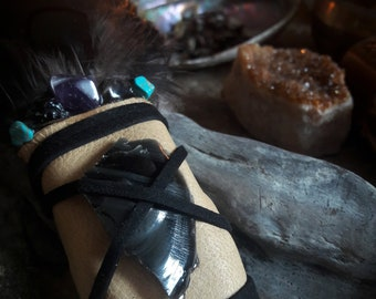 Smudge Feather (Obsidian)