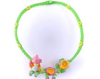 Vintage Charmkins Honey Bee Necklace Sweet Bea Train 100% Complete Hasbro 80s Original Kawaii Kitsch Charm Necklace Plastic Cute Jewelry