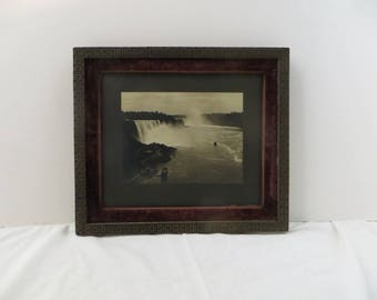 Antique Niagara Falls Photo 19th century Great Frame Black and White