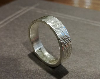 Handmade 925 Silver ring with texture