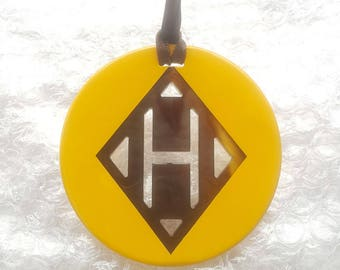 Chic Big H Pattern Buffalo Horn Pendant, Turquoise lacquer
