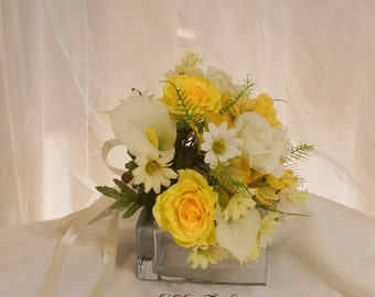 Yellow and White Bridal Bouquet, Calla Lily and Rose Wedding Bouquet, White and Yellow Wedding Flowers, Spring or Summer Bridal Bouquet