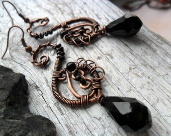 Black swan earrings Wire wrapped earrings Copper wire earrings Black dangle earrings Antiqued copper earrings Black jewelry Wire earrings