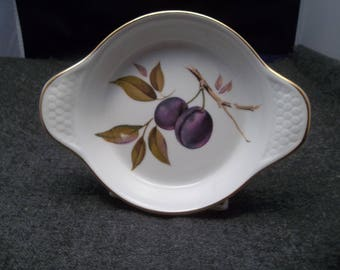 Royal Worcester Evesham Gold Trimmed Individual Au Gratin Dish Plums Design