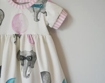 Elephant Dress, girls dress, birthday dress, handmade, dresses, baby dress, newborn,baby gift, balloons , girls clothes, girls clothing