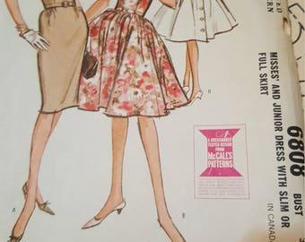 Mccalls #6808  size 14 Vintage 1970 pattern