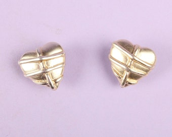 Gorgeous 90s Vintage Silver Heart Clip On Earrings