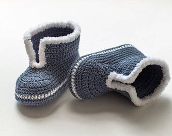 Blue Baby mocassins Baby reveal box Baby moccasins Baby uggs Baby moccs Baby sandals Soft sole baby shoes Crochet baby shoes All baby sizes