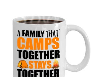 A Family That Camps Together Funny Family Camping Mug