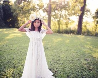 Boho Flower Girl Dress, White Lace Dress, Rustic Flower Girl, First Communion Dress, Girls Couture Dress, Girls Maxi Dress, Vintage Dress