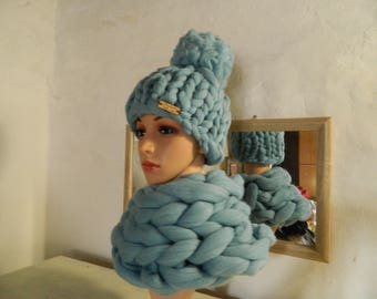 Oversize Blue Scarf Hat Set. Handmade Tick Wool Hat. Chunky Merino Snood. Bulky Yarn Hat. Gift for Women. Gift for Her. Valentine's Day Gift