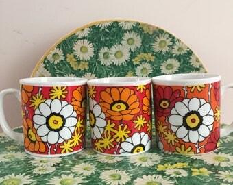Vintage Coffee Mugs, Retro Coffee Mugs, 1960s Mod Coffee Mugs