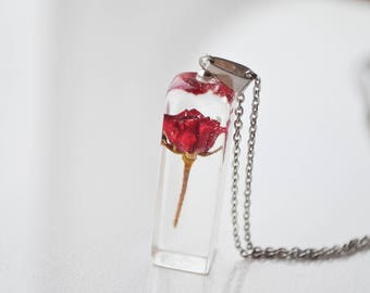 Real rose necklace Terrarium jewelry Real rosebuds Crystal resin pendant Resin flower jewelry Red rose Jewelry Floral necklace