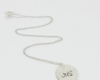 Initial Necklace Sterling Silver, Personalized Disc Necklace Mother, Personalized Gift for Mom Sterling Silver, Personalized Ladies Gift