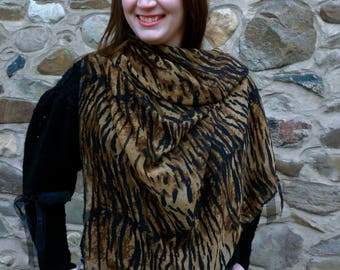 Eye of the Tiger Scarf