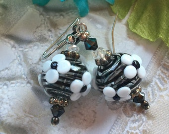 Black and White Floral SRA Lampwork Earrings, SRA Lampwork Jewelry, Mothers Day, Gift For Her, Floral Earrings, Flower Earrings