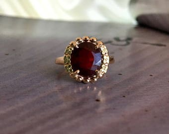 Vintage Large Red Garnet on 10k Gold Ring Size 7.5