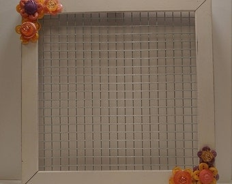 Button Flower Chicken Wire Jewelry Holder