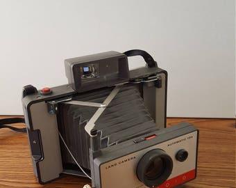Polaroid Land Camera Automatic 104 (c. 1965 - 1967)