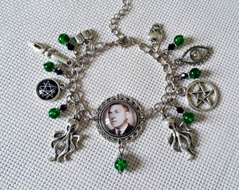 bracelet charms writer author Howard Phillips Lovecraft cthulhu necronomicon cameo silver octopus occult gothic horror fantasy fiction dark