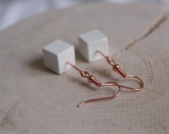 Ceramic porcelain cube classic Rosé gold earrings