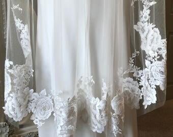 Garland Veil - Lace Trimmed Champagne Fingertip Length Bridal Veil 1.2m