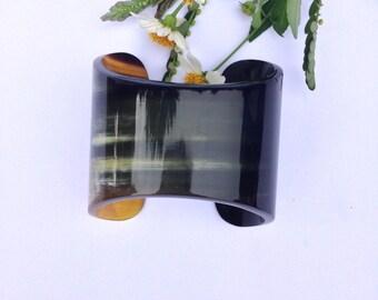 Stylish Buffalo HORN CUFF Bracelet in black amber 2.63 inches [TTC14]