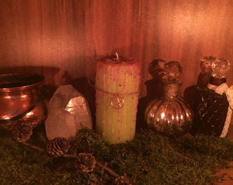 "Magic Candle ""OSTARA"" green Dragon Treasure Candle Candle Altar Candlemagick Wicca Occult Witchcraft"