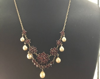 Victorian Bohemian Garnet and Pearl Lavalier Necklace