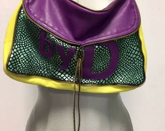 small leather bag tri-color with Golden zip tie