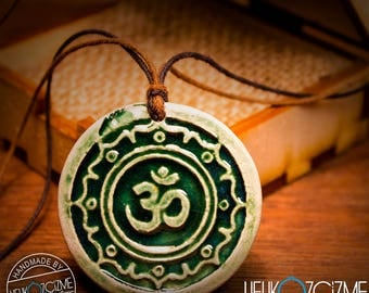 OM / Green (Old Effect) - Handmade Ceramic Necklace