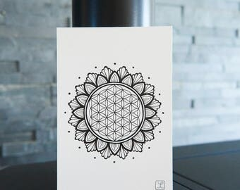 Mandala Flower of Life / Sacred symbol / Universal symbol / Drawing by hand / Sacred geometry / Meditation / Christmas