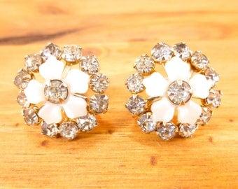 Vintage floral starburst screw back earrings